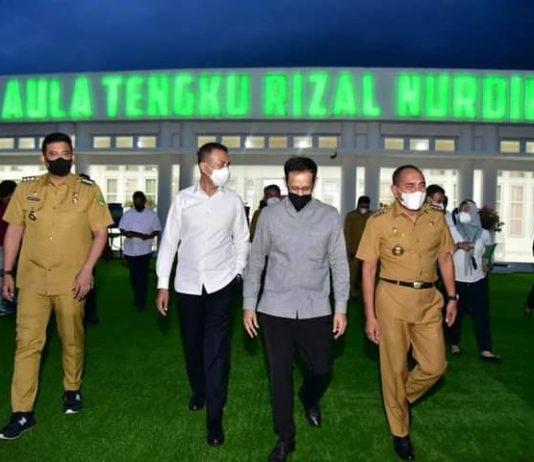 Foto Menteri Kemendikbud Bersama Gubernur Sumut beserta Wakil Gubernur Sumut dan Wali Kota Medan